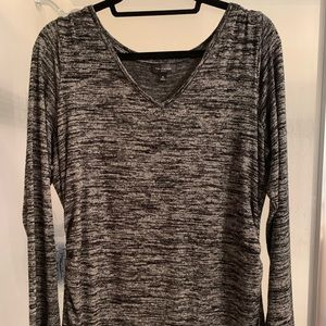 The limited v neck stretch long sleeve shirt